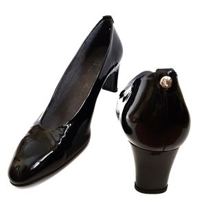Stuart Weitzman Black Patent Leather heels almond
